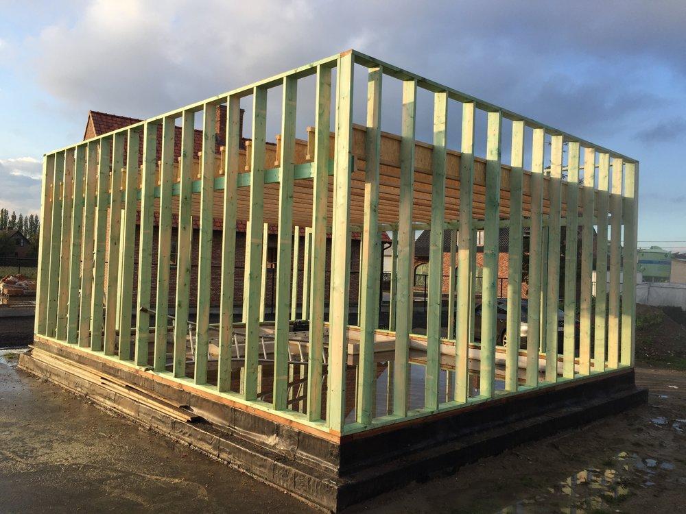 Constructie gebouw in hout.jpg