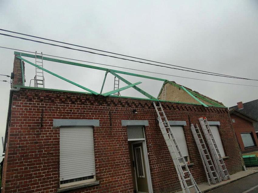 Nieuw dakgebinte.jpg