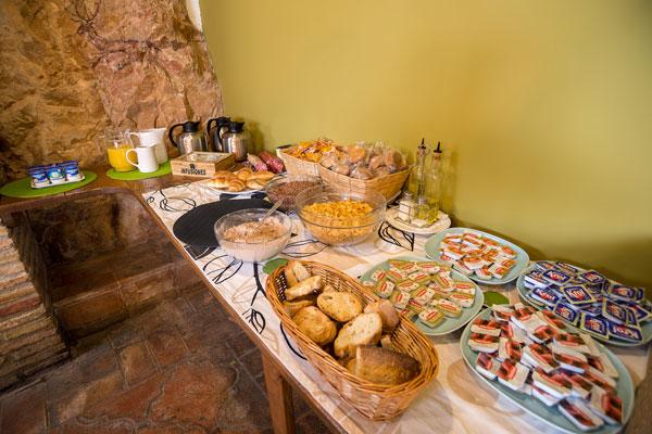desayuno-alquezar-hotel-2.jpg