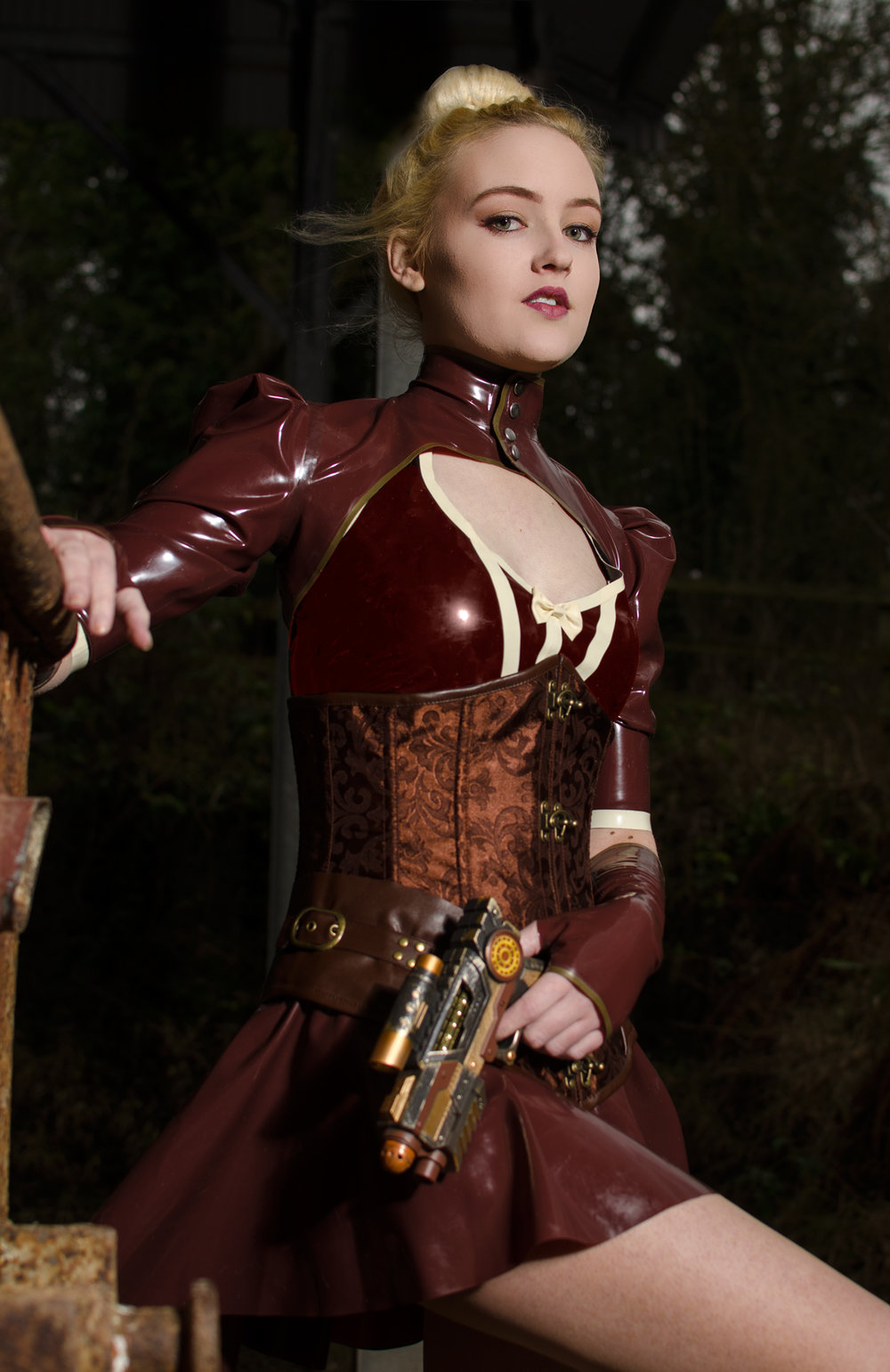 1031fc37c65f-SteamPunk_Latex_005_1.jpg