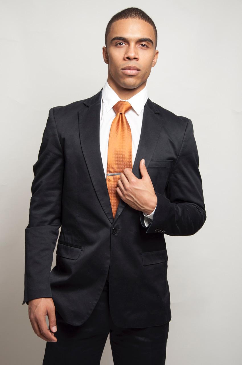 d64e26d8f4c0-suit3.jpeg