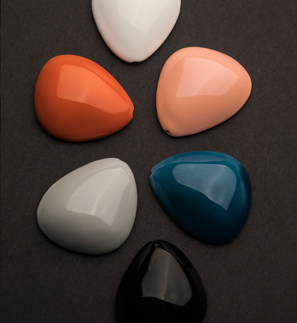 5556f2ea1559-colors_for_jewelry_crea_iloa.jpg