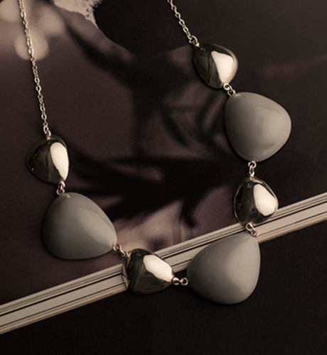 b0d61713183c-jewelry_store.jpg