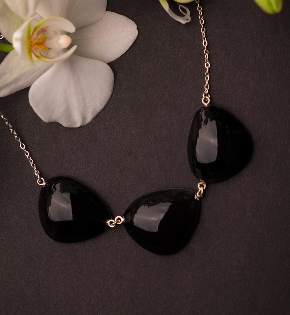 7fa31fda93f8-aurora_3k_jewelry_necklace_crea_iloa.jpg