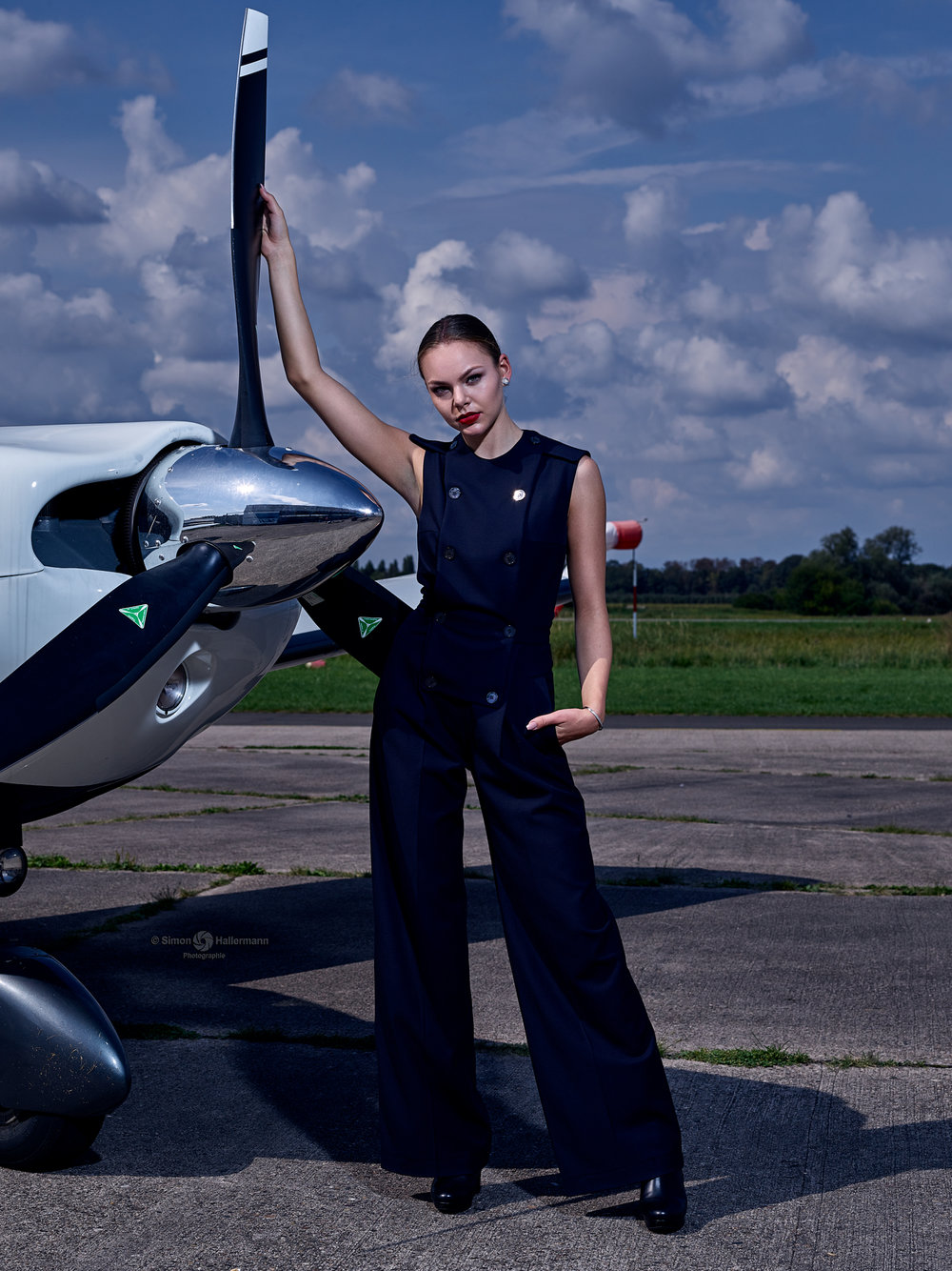 5b426bfc0155-PhaseOne_Meets_Airfield_02_09_2017_033066_2000_Px, model citizen magazine.jpg