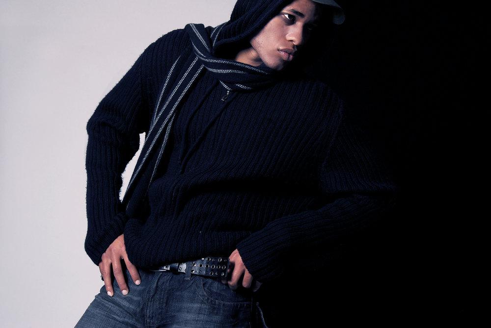 7fd85dde6e04-Derrickmodel08Oct090fullresolutionNOLOGOretouch_PT_2, model citizen magazine.jpg