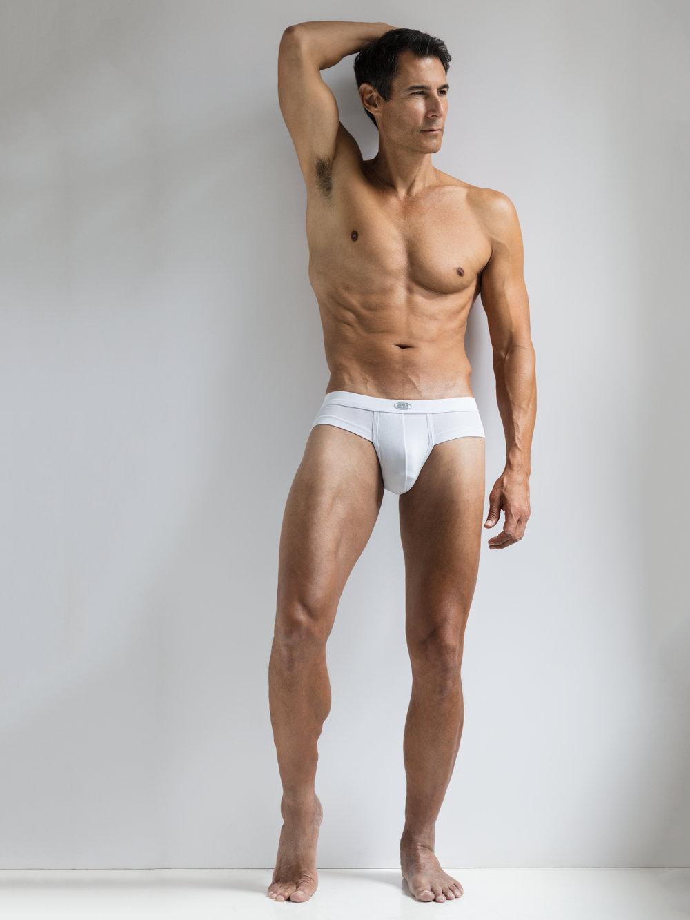 e4d9dca0944d-KMcD_white_underwear.jpg