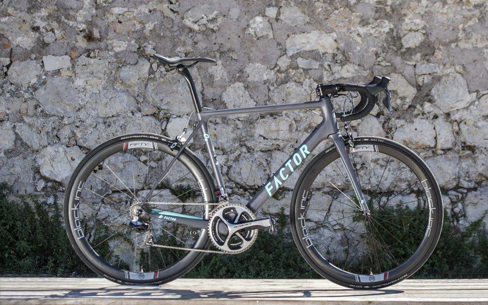 Pro Tour team, AG2R La Mondiale, ride the Factor O2