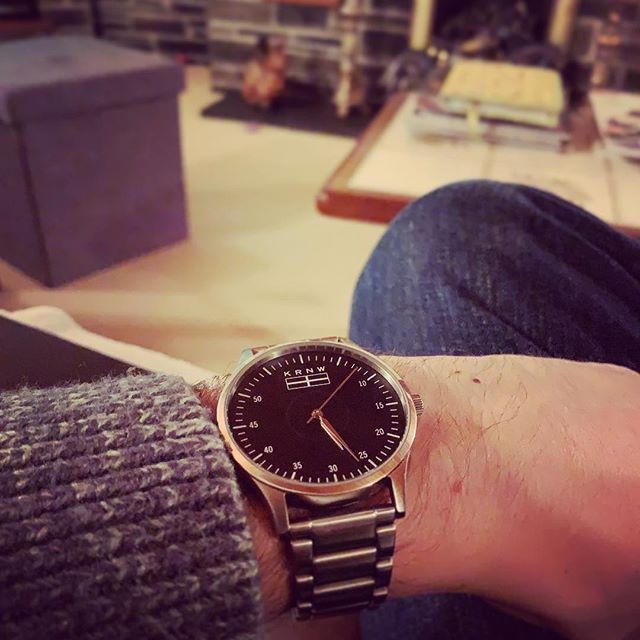 Evening chills with The Eyla . . . #kernow #cornwall #cornwalllife #watches #watchesofinstagram