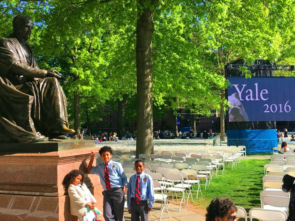 students visit yale university commenvement