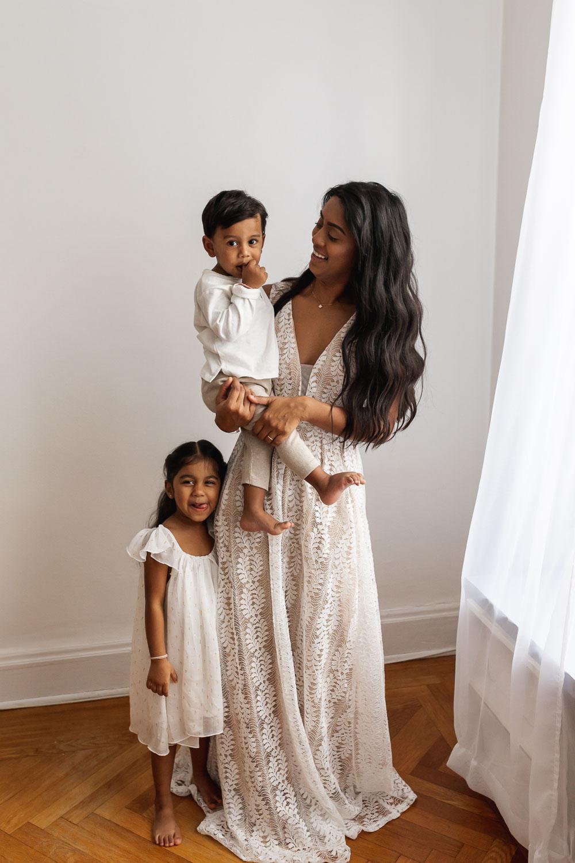 Beautiful_Guyanese_mother_and_children_portraits_NYC-31.jpg