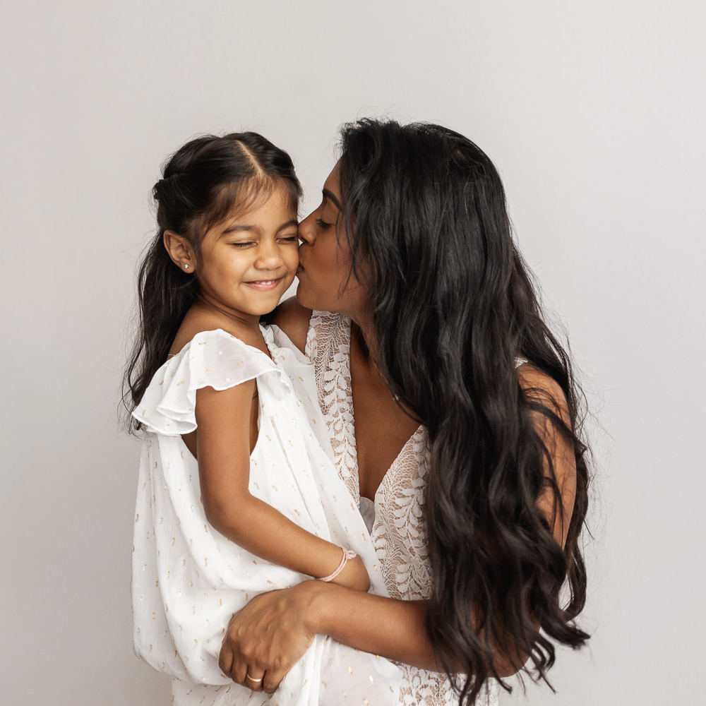 Beautiful_Guyanese_mother_and_children_portraits_NYC-24_SQUARE.jpg