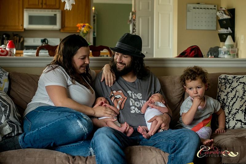 Newborn Twin Portraits_0019.jpg