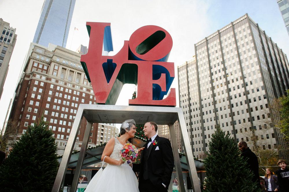 Love-Sign-Wedding-Photography