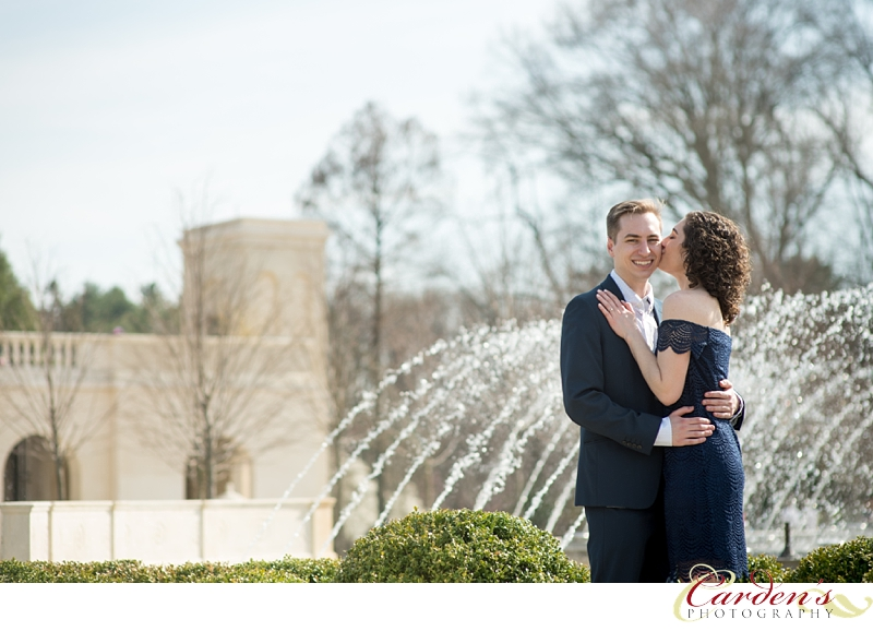 Longwood-Gardens-Engagement-Pictures_0004.jpg