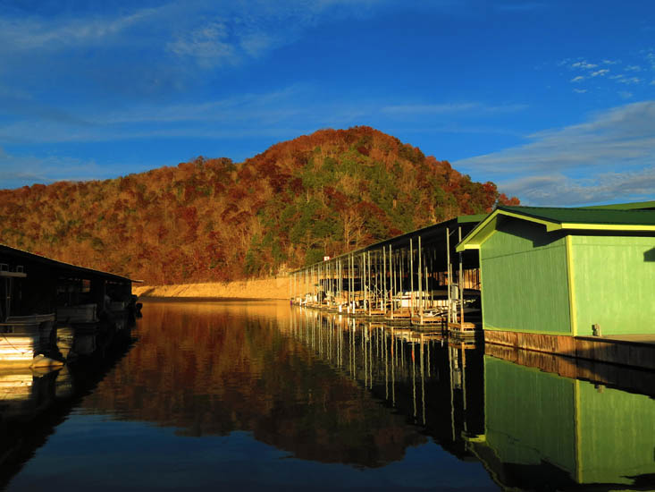Twin Cove Marina  1835 Ridge Rd, Careyville TN