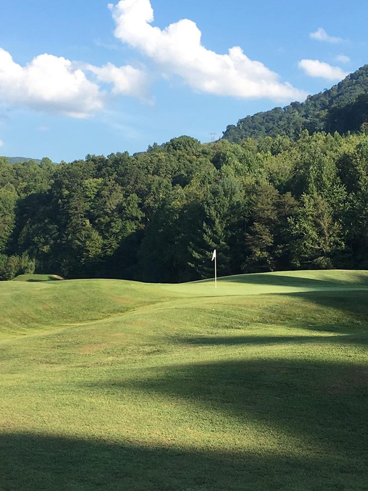 Sleep Hollow Golf Course  Cumberland, KY