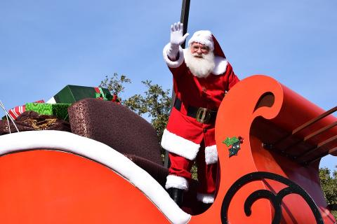 Luttrell Christmas Parade Saturday, December 2nd Noon Parade Starts at Tazewell Pike @ Park Rd. Come See Santa! For information about participating, please call 865-992-0870 or 865-363-4752