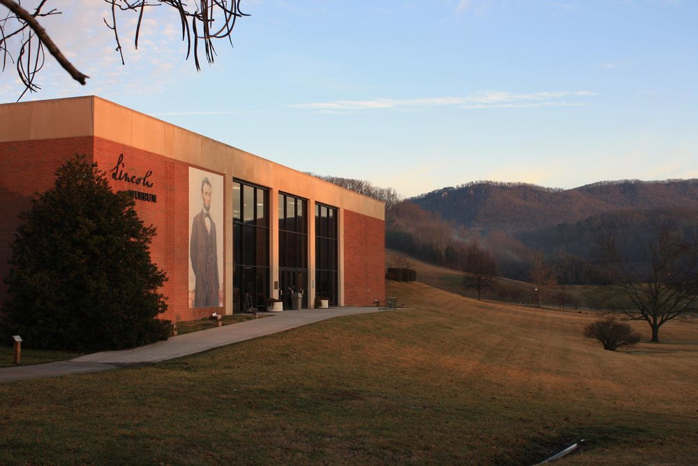 Abraham Lincoln Library and Museum   6965 Cumberland Gap Pkwy, Harrogate, Tennessee 37752