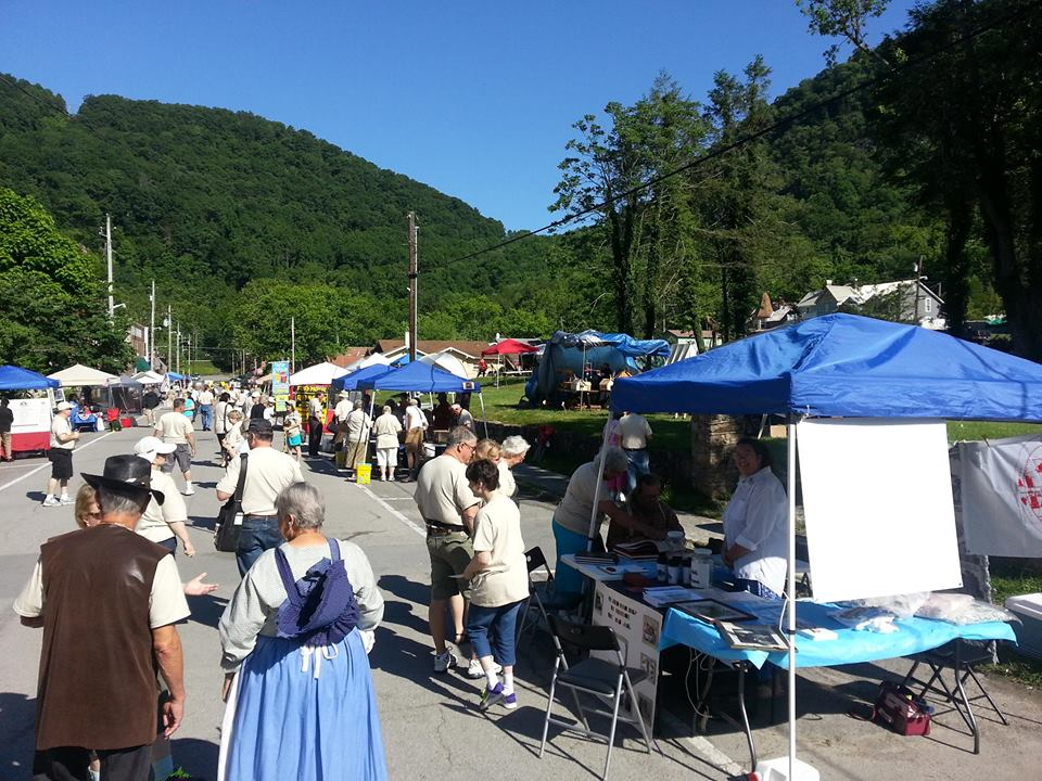"Come find and learn Genealogy ""Family History"" and Heritage. See pioneer crafters and re-en-actors. CGTGHG is hosting this FREE three day Event. The 7th annual Genealogy Jamboree and Pioneer Day in the Historic Town of Cumberland Gap, Tennessee,"