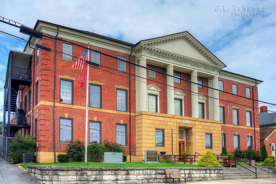 Christmas at the Claiborne County Courthouse  1740 Main Street, Tazewell, Tennessee 37879