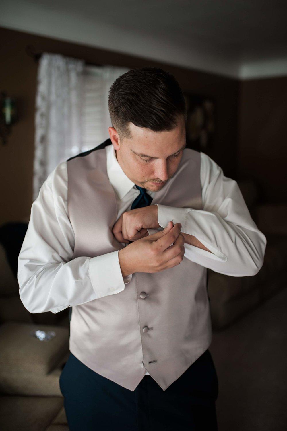 LLP Michigan Wedding Photographer 2.jpg