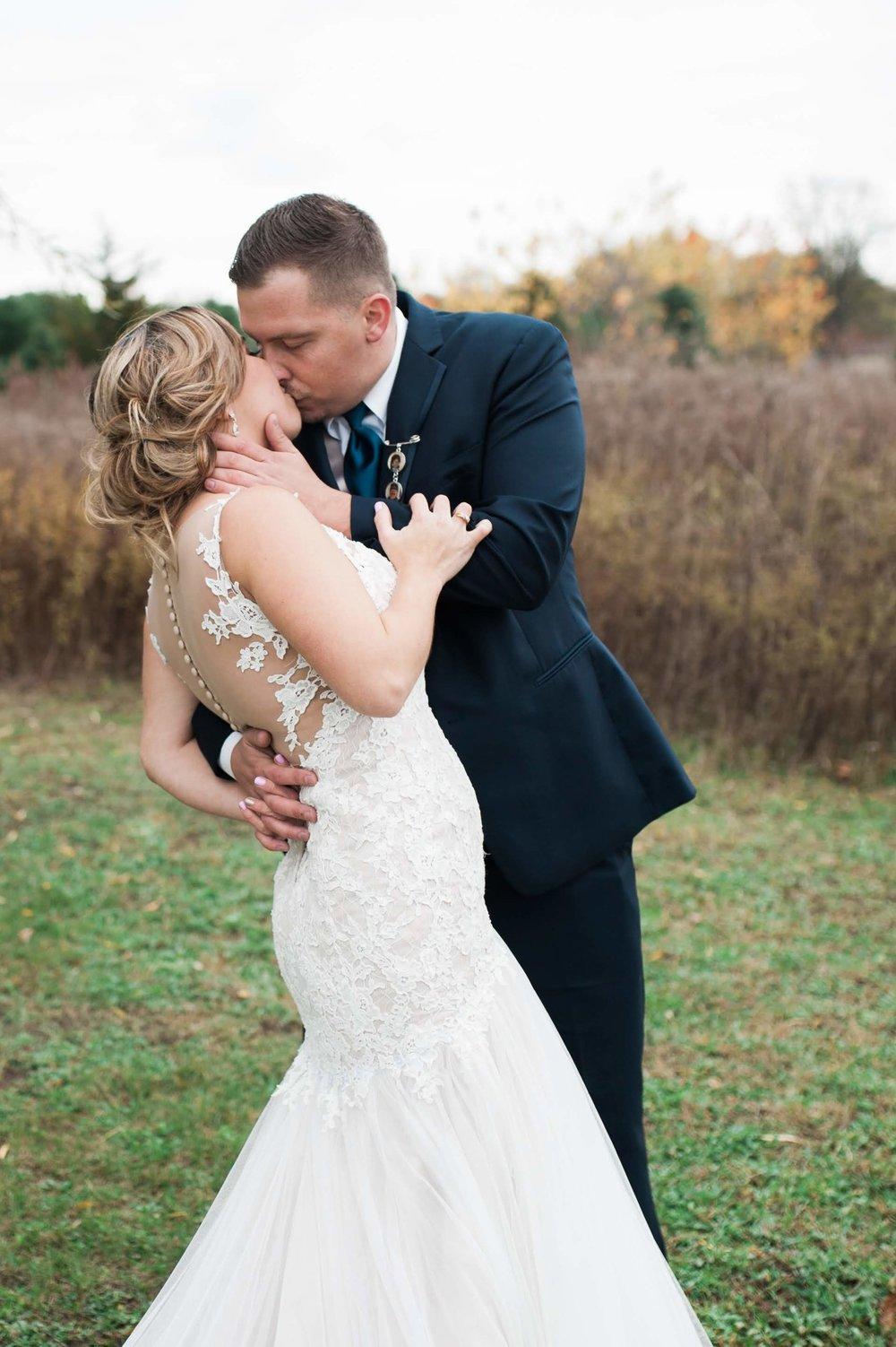 LLP Michigan Wedding Photographer 23.jpg