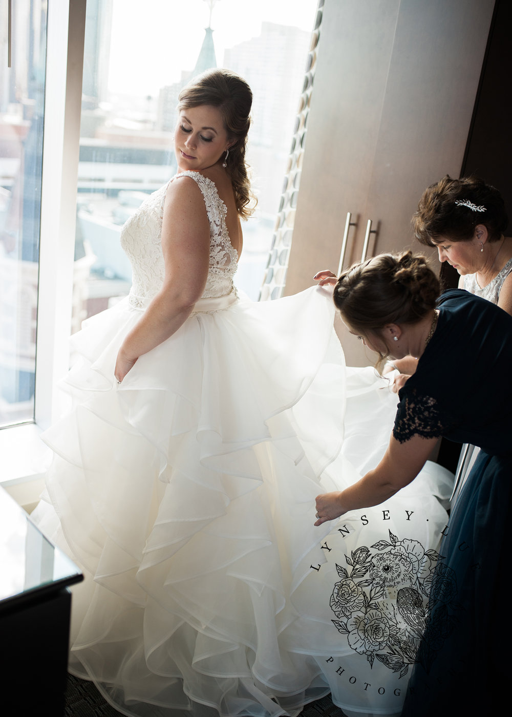detroit bride.jpg