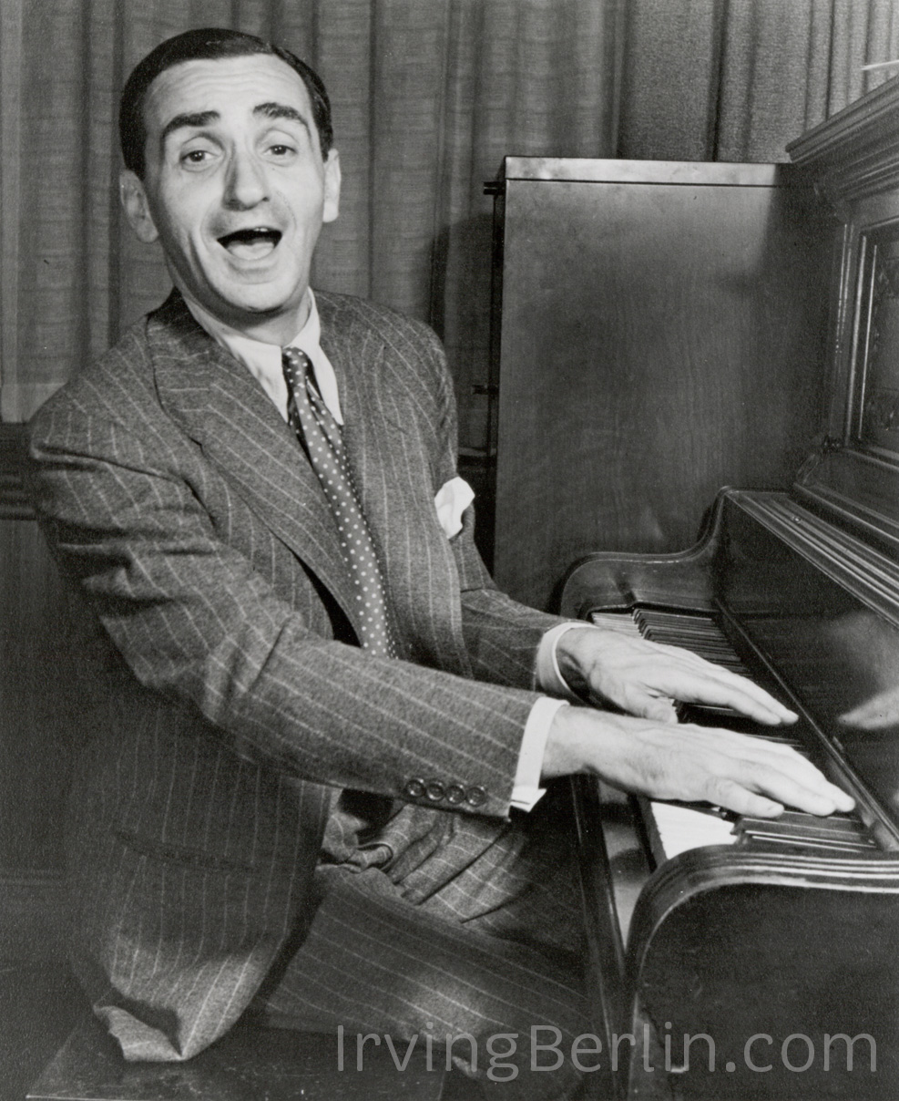 Irving-berlin-piano1.jpg