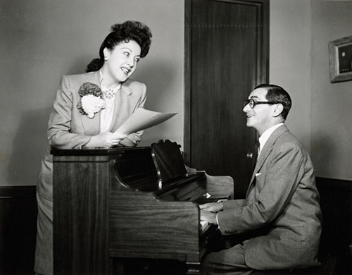 Berlin-with-Ethel-Merman_rehearsing-for-call-me-madam-1960_smaller.jpg