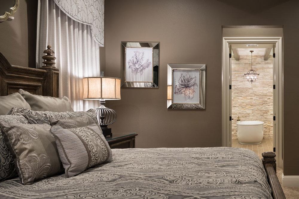 7846PMRR-bed-1-suite-2014-11-04_002_1080x720.jpg