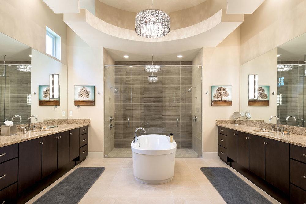 7443GCRR-bath-1-suite-140124-1080x720.jpg