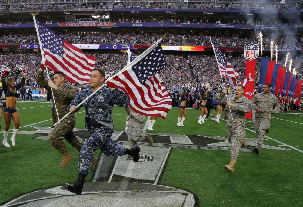the-pentagon-paid-14-nfl-teams-54-million-to-salute-troops.jpg