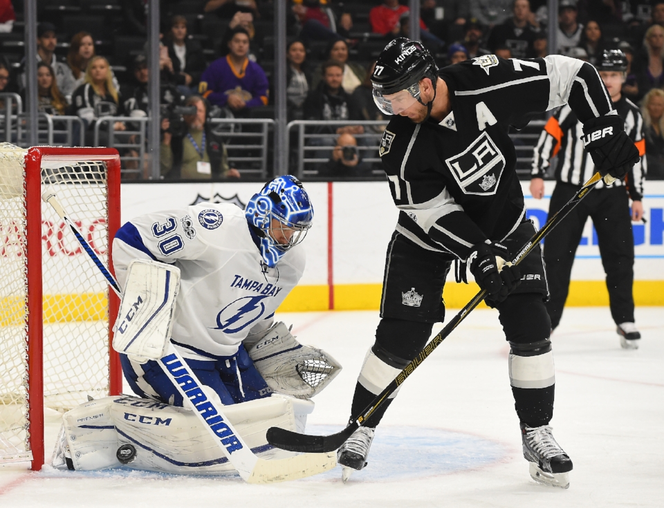 9813950-nhl-tampa-bay-lightning-at-los-angeles-kings.jpg