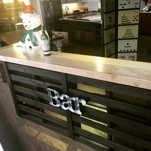 Make your special someone happy this year with this custom bar with maple top. Complementary local delivery! Merry Christmas to all!  #thomasbuiltcustomcabinets #athensga