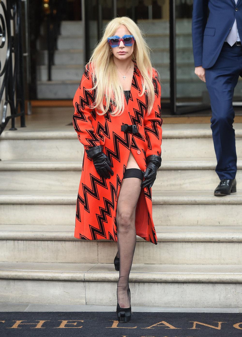 FFN_Lady_Gaga_FFUK_112515_51917487.jpg