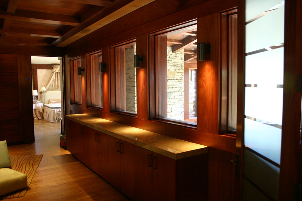 Schwartz - Interior (3).JPG