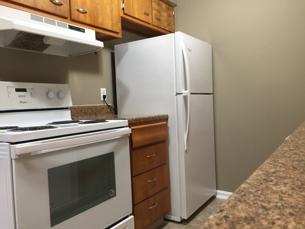1 Bedroom Kitchen 1.JPG