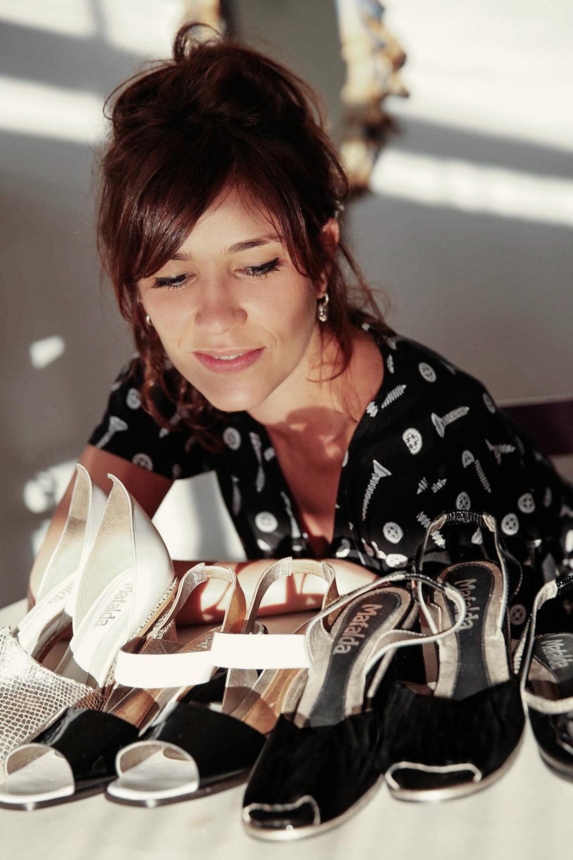 Fernanda começou o projeto despretensiosa, mas logo notou espaço no mercado para sapatos de qualidade, feitos à mão e com preços justos