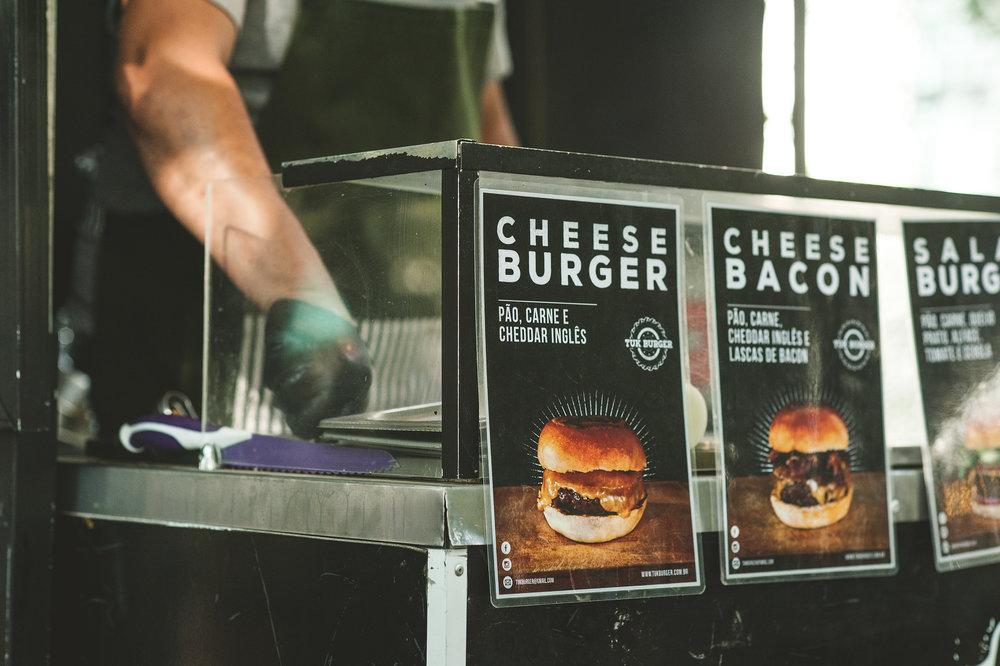Tuk Burger01.jpg