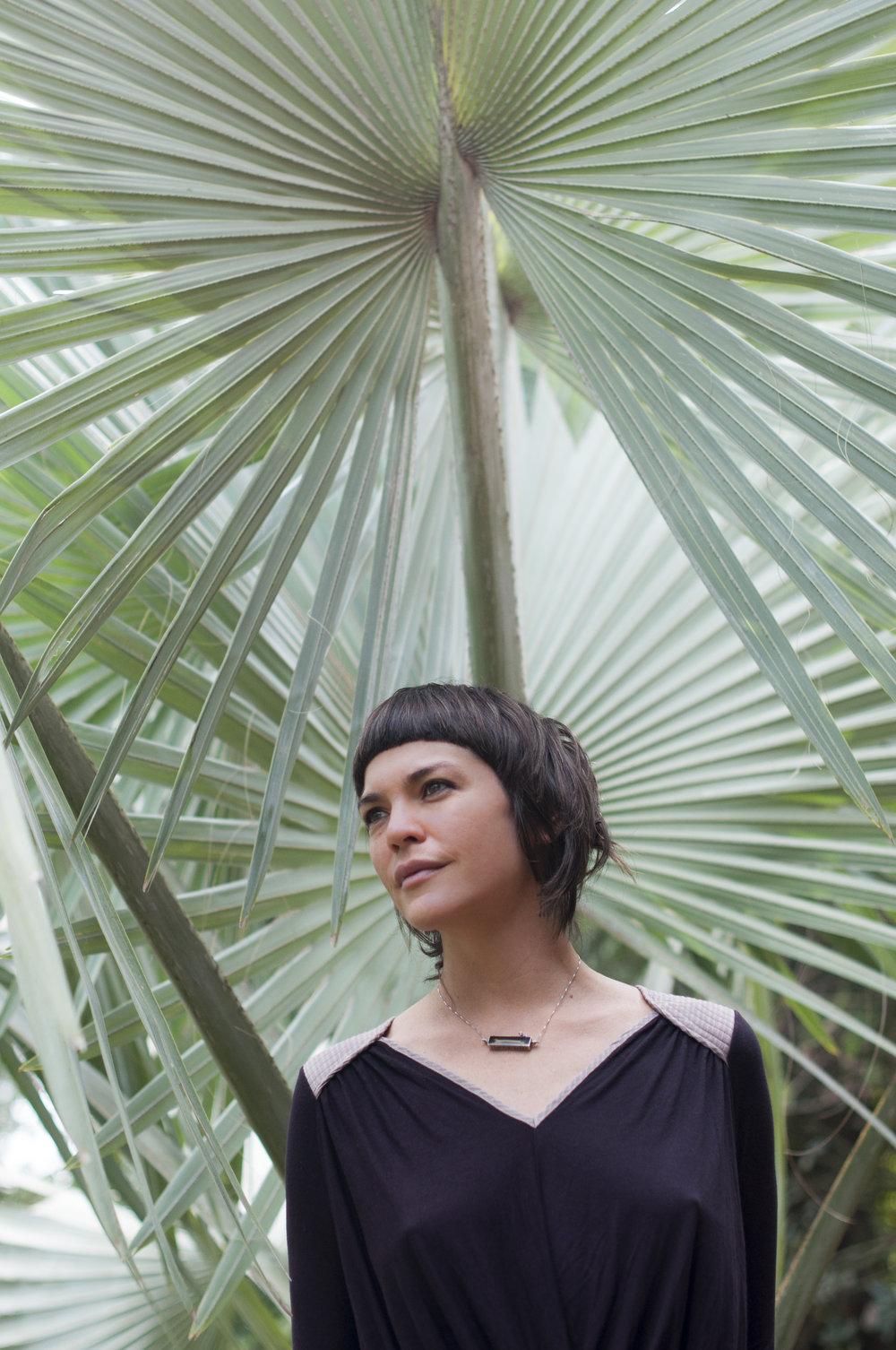 retrato Juliana Veinert por Lara Valente_-2.jpg