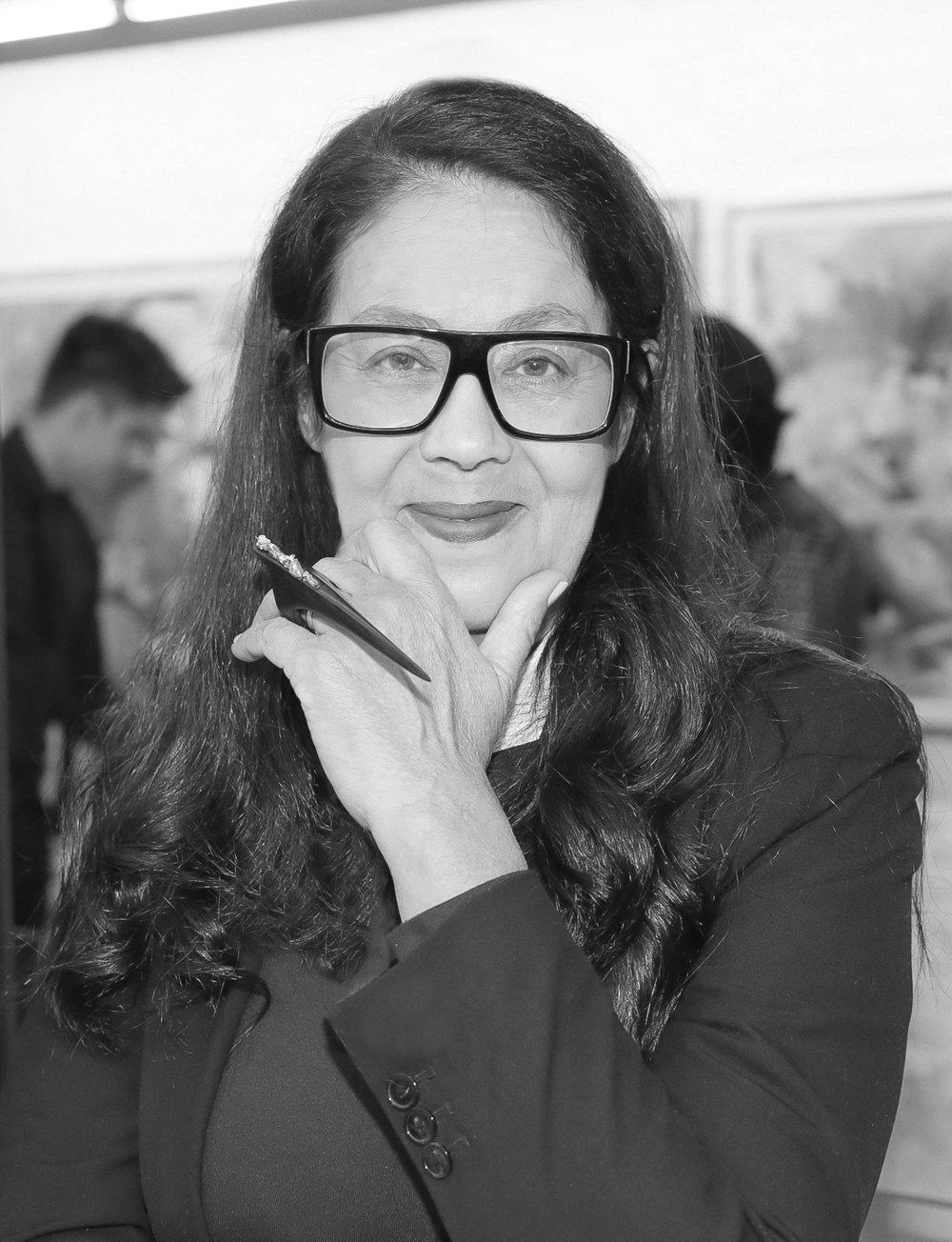 Janice Perez preto e branco.jpg