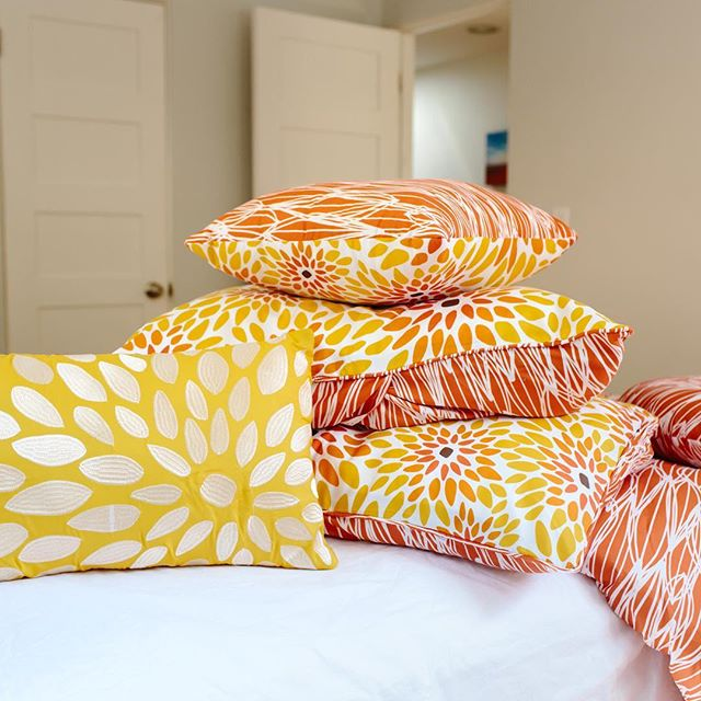 Coming home to this makes everyday brighter. Fall in love with the 7-piece Girasol comforter and shop the #VITAGoodLIfe collection sold exclusively on @wayfair and @society6. Link in bio. . . . . . #Girasol #wayfairathome #comforter #comforterset #pillow #pillows #design #interiors #interiordesign #interiorinspiration #home #decor #homedecor #instadecor #inspiration #art #travel #color #bold #joy #vibrant #shop #onlineshopping #newcollection #newbrand #pattern #creativity #fabric