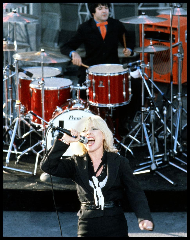 blondieWeb.jpg