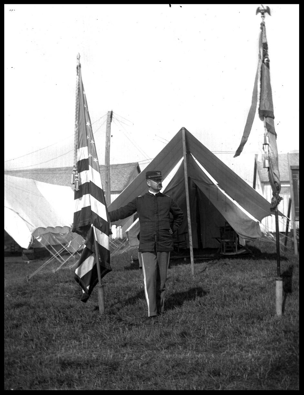 soldier&FlagWebcopy.jpg
