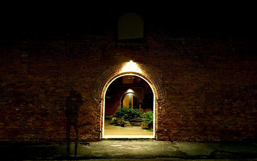brickdoorway.jpg