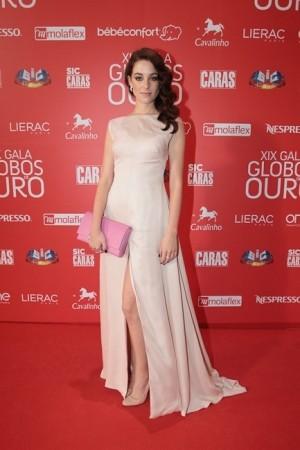 Vitória Guerra, Globos Ouro, Maio 2014
