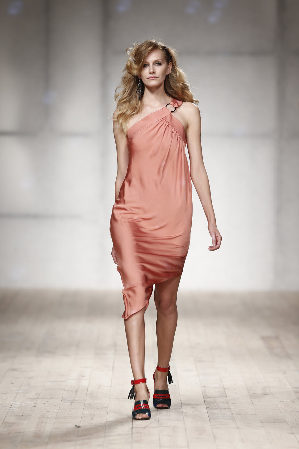 asymmetric salmon dress   one available size 36 Original Price 432€ | Discount Price 216€ Ref. Lcss17s29