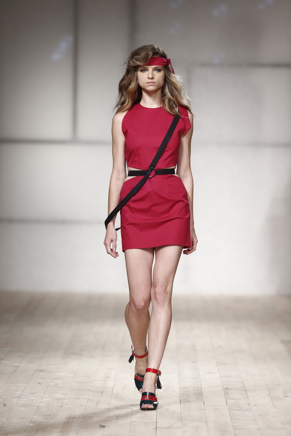 Pink dress with black sashes and belt  One available size 36 Original Price 378€ | Discount Price 189€ Ref. LCss17s27