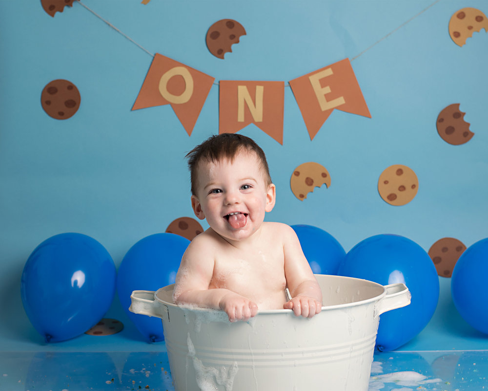 Cookie Monster Birthday cake smash photography in Yeovil Somerset